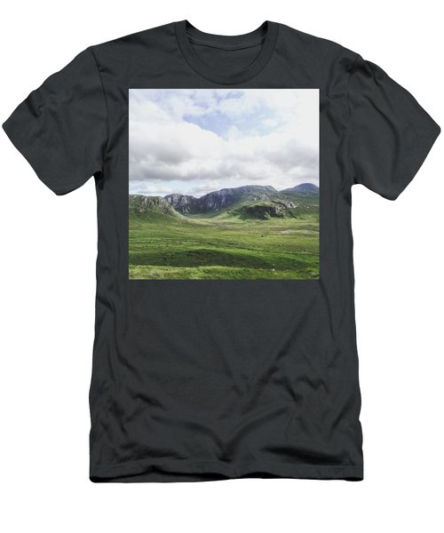 There's No Green Like Ireland's Green Men's T-Shirt (Athletic Fit)