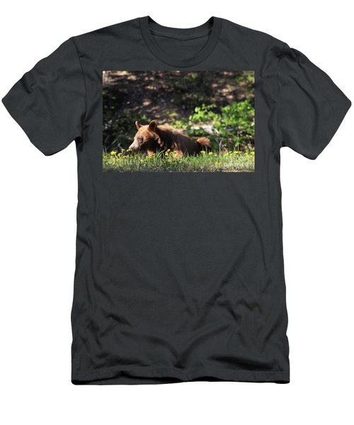 They Smell So Good Men's T-Shirt (Athletic Fit)