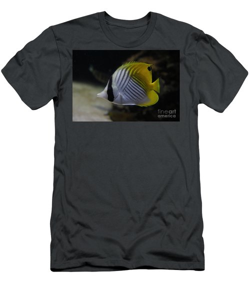 Threadfin Butterfly Fish Men's T-Shirt (Athletic Fit)