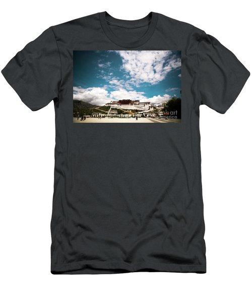 Tibet Potala Palace Dalai Lama Home Place. Kailash Yantra.lv 2016  Men's T-Shirt (Athletic Fit)