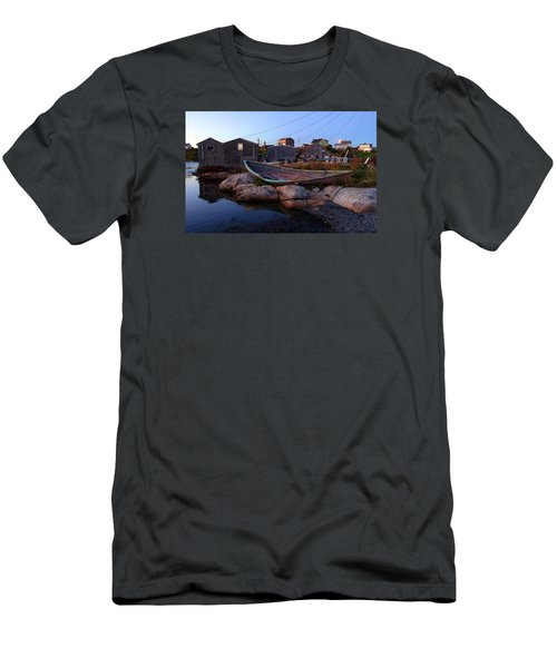 Peggy's Cove, Nova Scotia Men's T-Shirt (Athletic Fit)