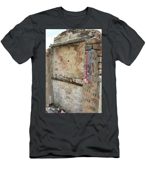 Tomb Of The Unknown Voodoo Priestess Men's T-Shirt (Athletic Fit)