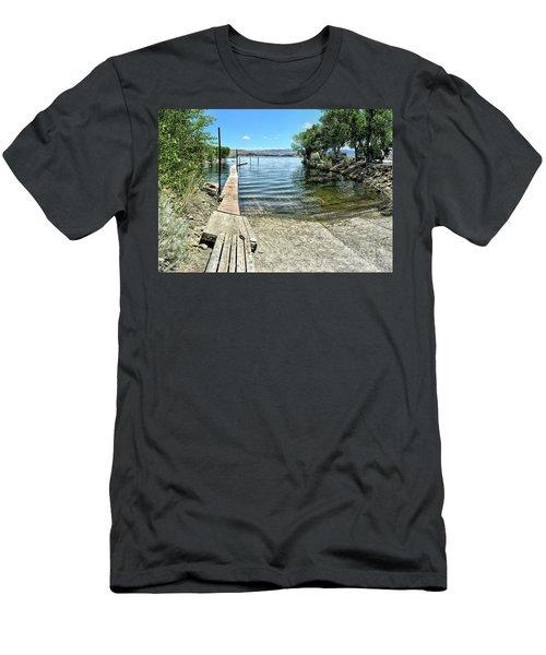 Topaz Landing Boat Launch Men's T-Shirt (Athletic Fit)