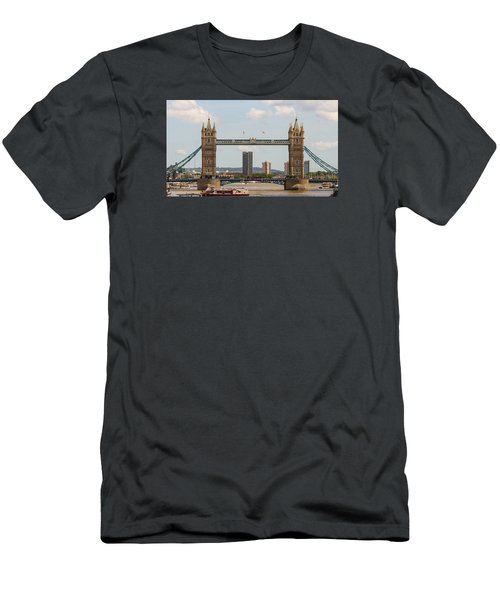 Tower Bridge C Men's T-Shirt (Athletic Fit)