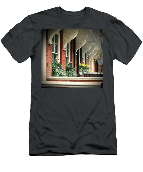 Townhouse Row - London Men's T-Shirt (Athletic Fit)