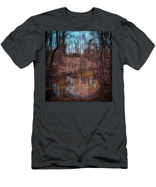 Trailing Creek Men's T-Shirt (Athletic Fit)