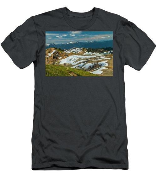 Trekking Ptarmigan Ridge Men's T-Shirt (Athletic Fit)