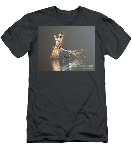 Trout Fly 2 Men's T-Shirt (Athletic Fit)