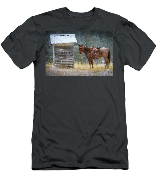 Trusty Horse  Men's T-Shirt (Athletic Fit)