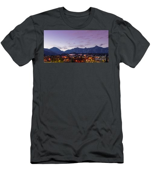 Twilight Panorama Of Estes Park, Stanley Hotel, Castle Mountain And Lumpy Ridge - Rocky Mountains  Men's T-Shirt (Athletic Fit)