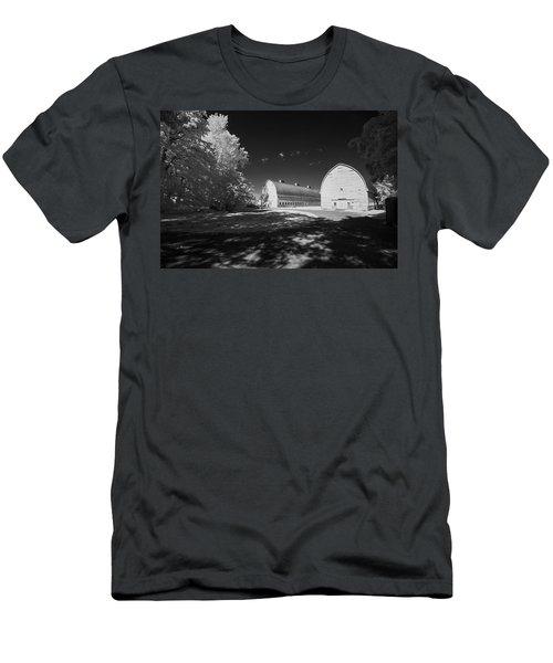 Twin Barns Men's T-Shirt (Athletic Fit)