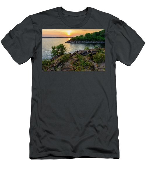 Two Rivers Trail Men's T-Shirt (Athletic Fit)