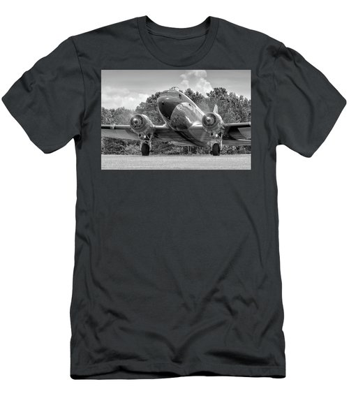Two Turning Men's T-Shirt (Athletic Fit)