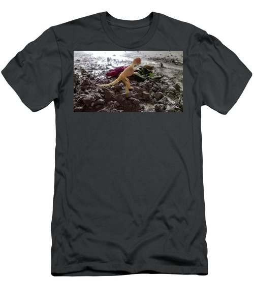 Uncovered Dinosaur Bones Yet Never One Slave Ship Found And It's 2017 Men's T-Shirt (Athletic Fit)