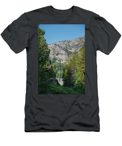 View Of Eagle Lake Men's T-Shirt (Athletic Fit)