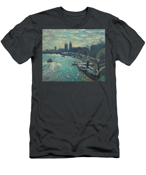 View To Westminster London Men's T-Shirt (Athletic Fit)