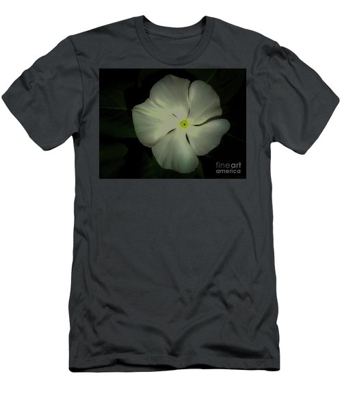 Vinca Bloom Night Glow Men's T-Shirt (Athletic Fit)
