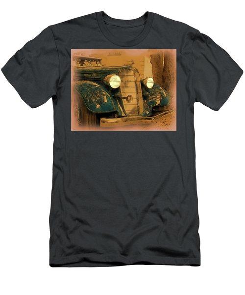 Vintage Buick Men's T-Shirt (Athletic Fit)