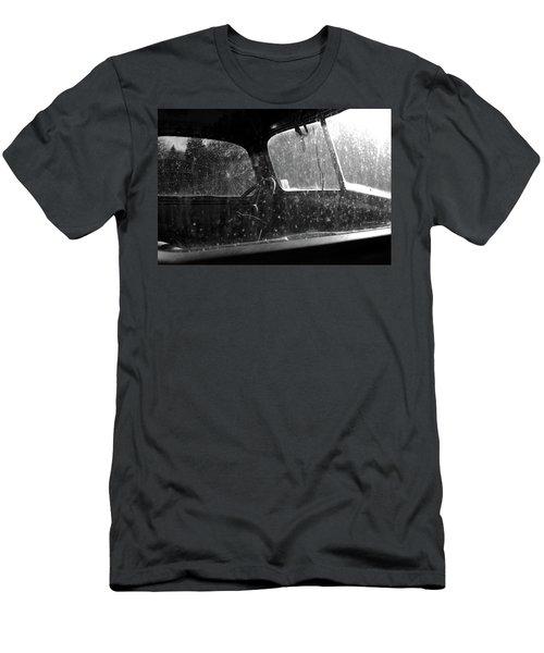 Vintage View Men's T-Shirt (Athletic Fit)