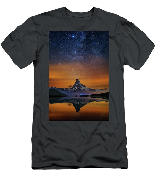 Volcano Fountain Men's T-Shirt (Athletic Fit)