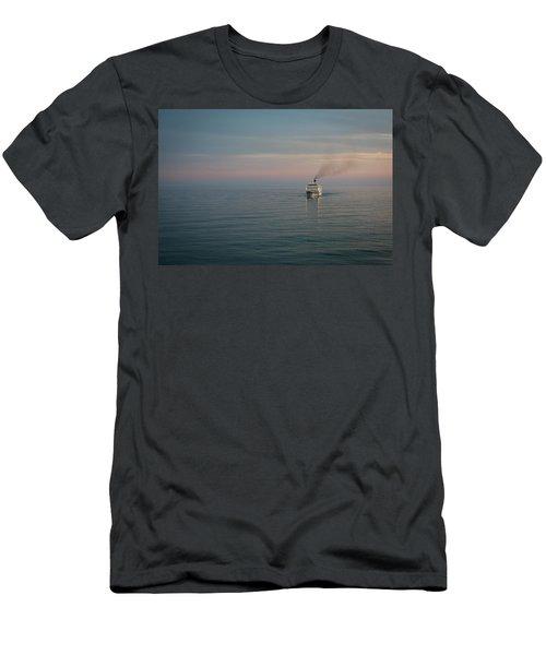 Voyage Home 4 Men's T-Shirt (Athletic Fit)