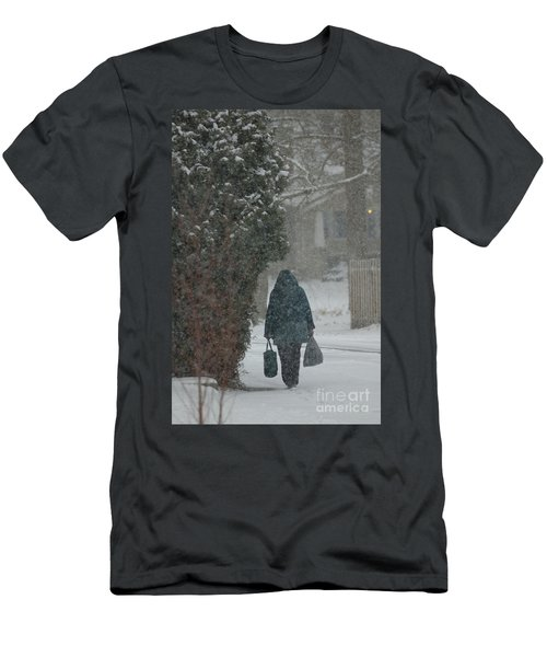 Walking Home In The Snow Men's T-Shirt (Athletic Fit)