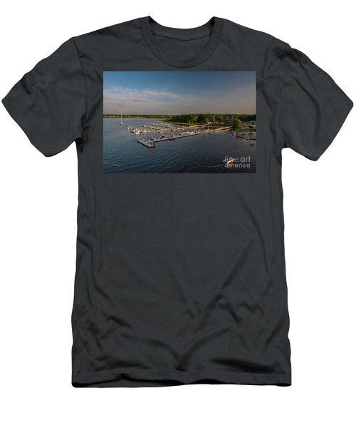 Wando River Marina Men's T-Shirt (Athletic Fit)