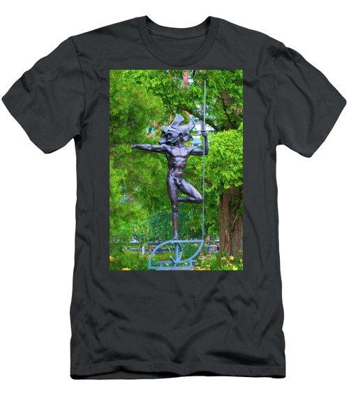 Warrior Guarding Battery Park Men's T-Shirt (Athletic Fit)