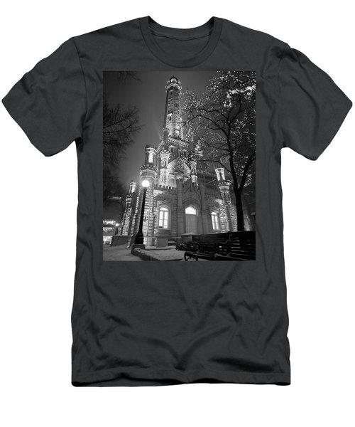 Water Tower Chicago Il Men's T-Shirt (Athletic Fit)