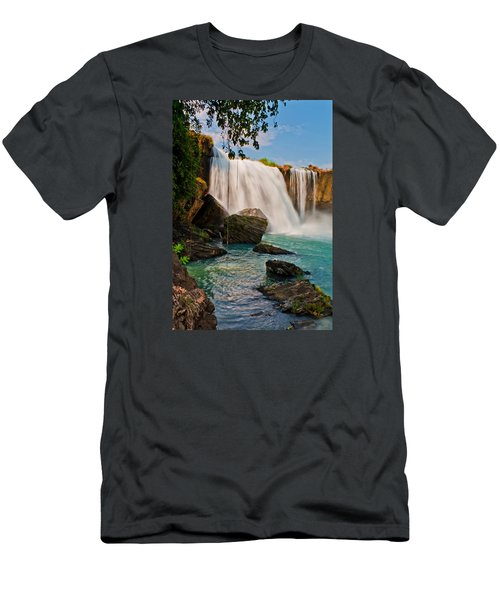 waterfalls Draynur Men's T-Shirt (Athletic Fit)