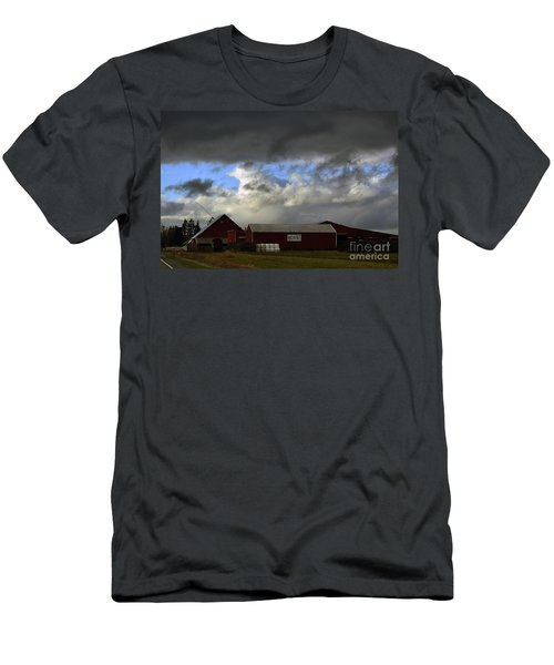 Weather Threatening The Farm Men's T-Shirt (Athletic Fit)