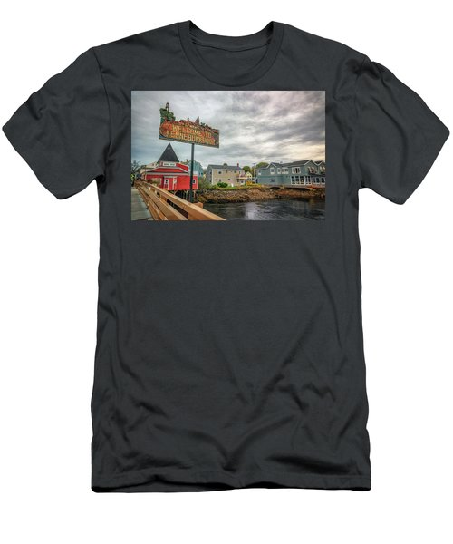 Men's T-Shirt (Athletic Fit) featuring the photograph Welcome To Kennebunkport by Rick Berk