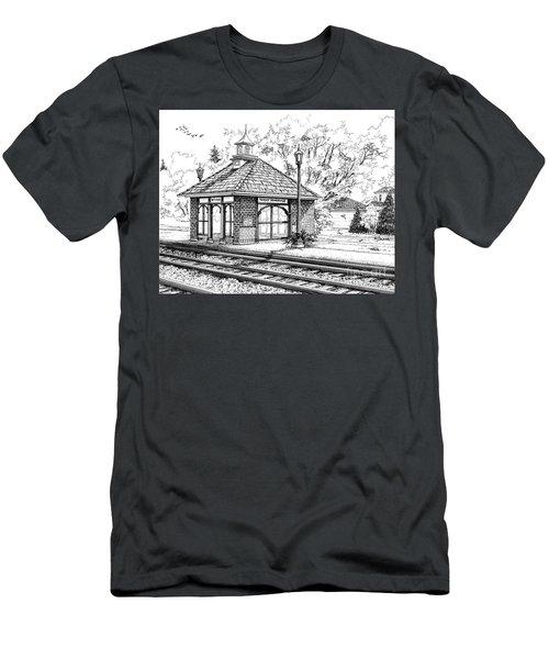 West Hinsdale Train Station Men's T-Shirt (Athletic Fit)