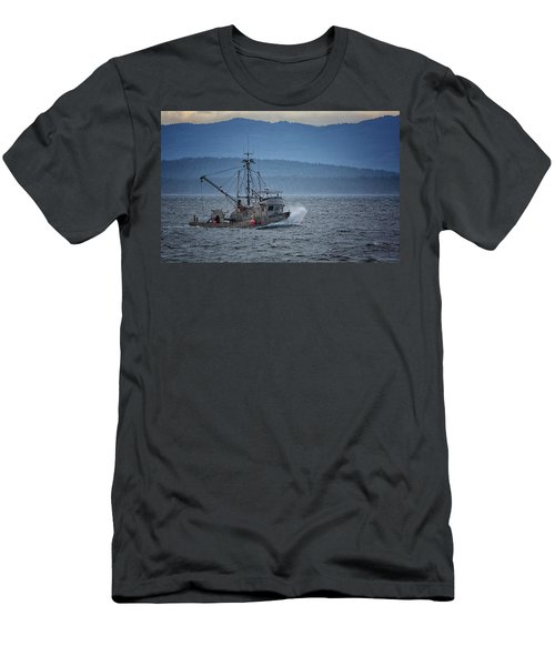 Men's T-Shirt (Slim Fit) featuring the photograph Western Sunrise by Randy Hall