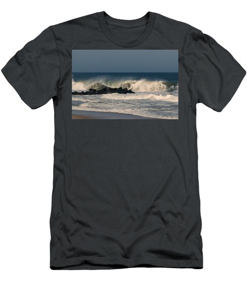 When The Ocean Speaks - Jersey Shore Men's T-Shirt (Athletic Fit)