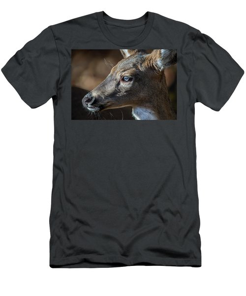 White Tailed Deer Facial Profile Closeup Portrait Men's T-Shirt (Athletic Fit)