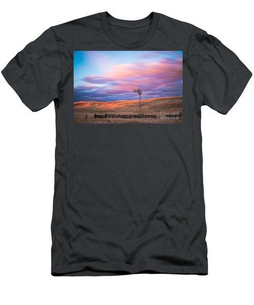 Windmill Le Men's T-Shirt (Athletic Fit)