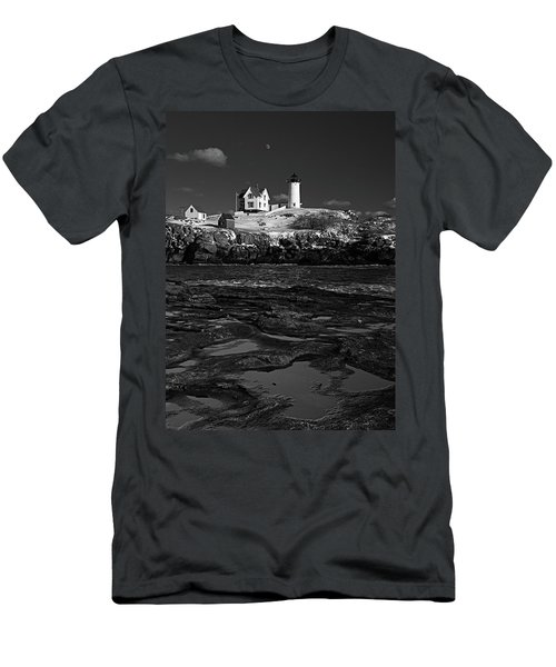 Winter At Nubble Lighthouse Bw Men's T-Shirt (Athletic Fit)