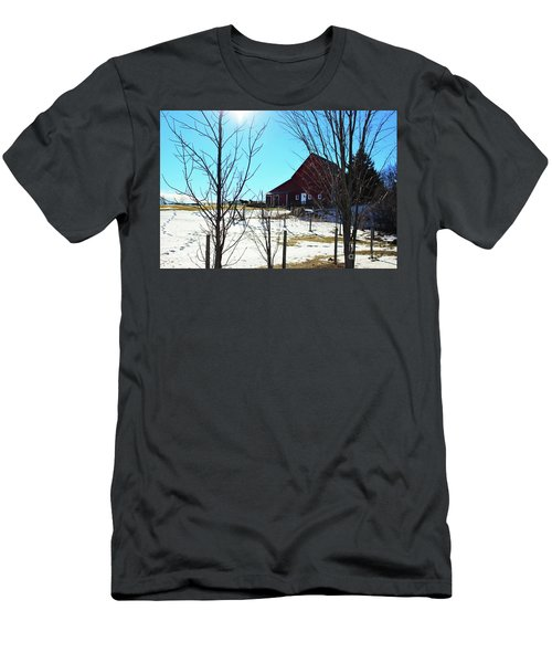 Winter Farm House Men's T-Shirt (Athletic Fit)