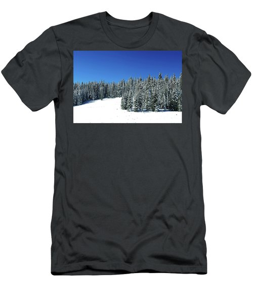 Winter In Colorado  Men's T-Shirt (Athletic Fit)