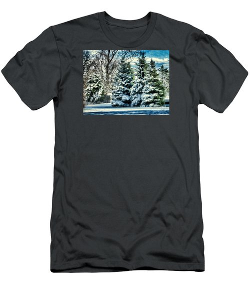 Winter In New England Men's T-Shirt (Athletic Fit)