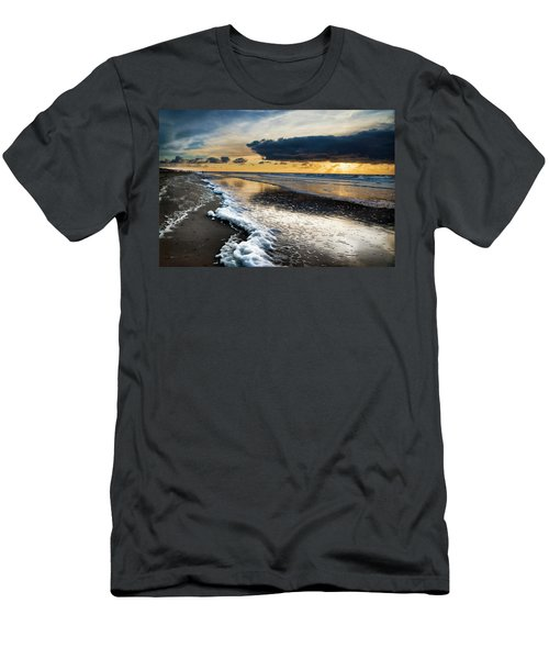 Winter Sea Sunset Men's T-Shirt (Athletic Fit)