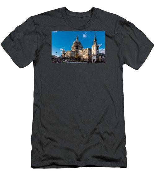 Winter Sun St Paul's Cathedral Men's T-Shirt (Athletic Fit)