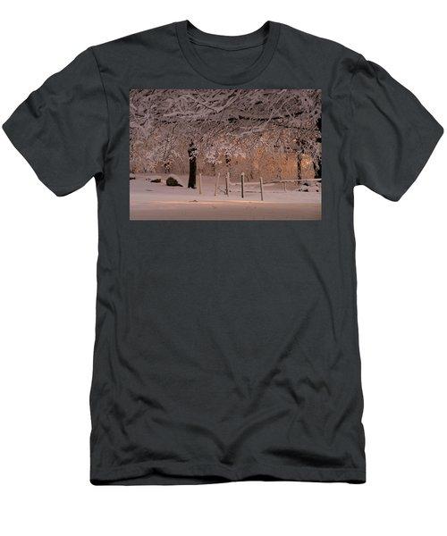 Winter Sunset Ft Hill Park Men's T-Shirt (Athletic Fit)