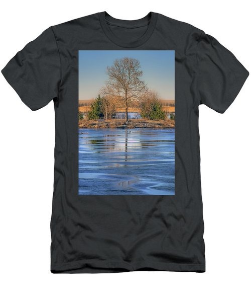 Winter Tree - Walnut Creek Lake Men's T-Shirt (Athletic Fit)