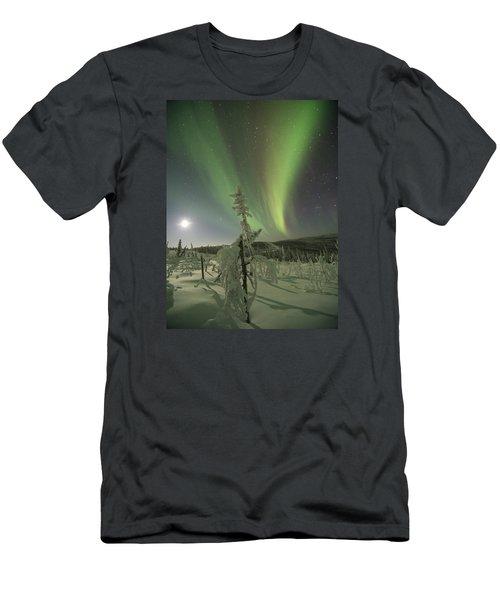 Winter Wonderland Aurora Men's T-Shirt (Athletic Fit)