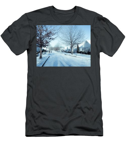 Wintry Snow Fall - Georgia Men's T-Shirt (Athletic Fit)