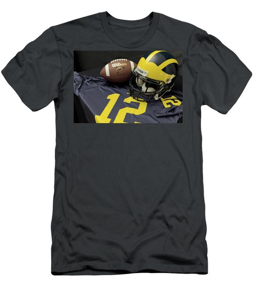 Wolverine Helmet With Football And Jersey Men's T-Shirt (Athletic Fit)