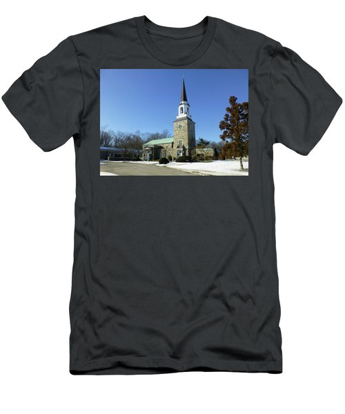 Woodlawn Cemetery Chapel Men's T-Shirt (Athletic Fit)