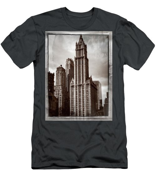 Woolworh Building 2008. Men's T-Shirt (Athletic Fit)